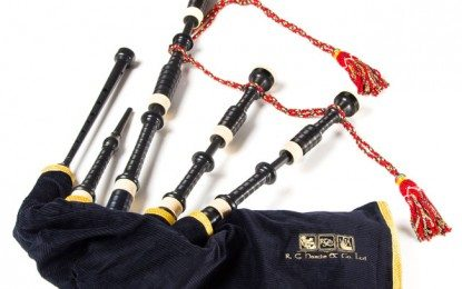 Close up with new all-plastic bagpipes (HD Video)